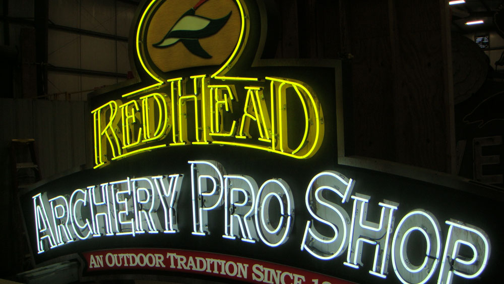 Bass-Pro-shops-neon-signs_0008_Layer 28